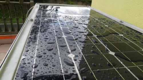Solar roof as shelter from the rain